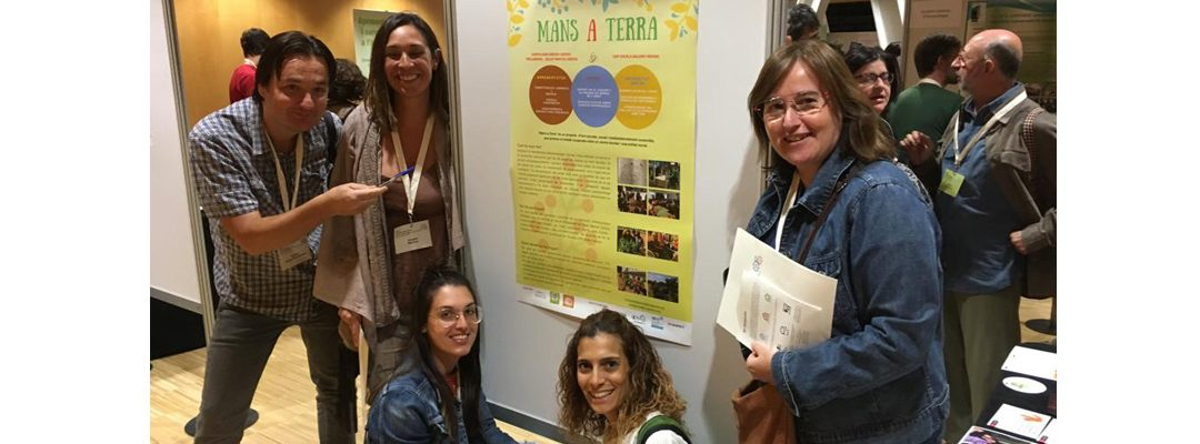 """""""Mans a Terra"""" al I Simposi Aprenentatge Servei i Servei Comunitari Ambiental"""